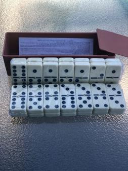 DOMINOES Classic Set of 28 Double Six W Center Pin Domino Ti