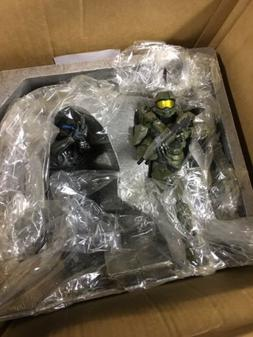 XBox One Halo 5 Guardians Limited Edition - Collectors Statu